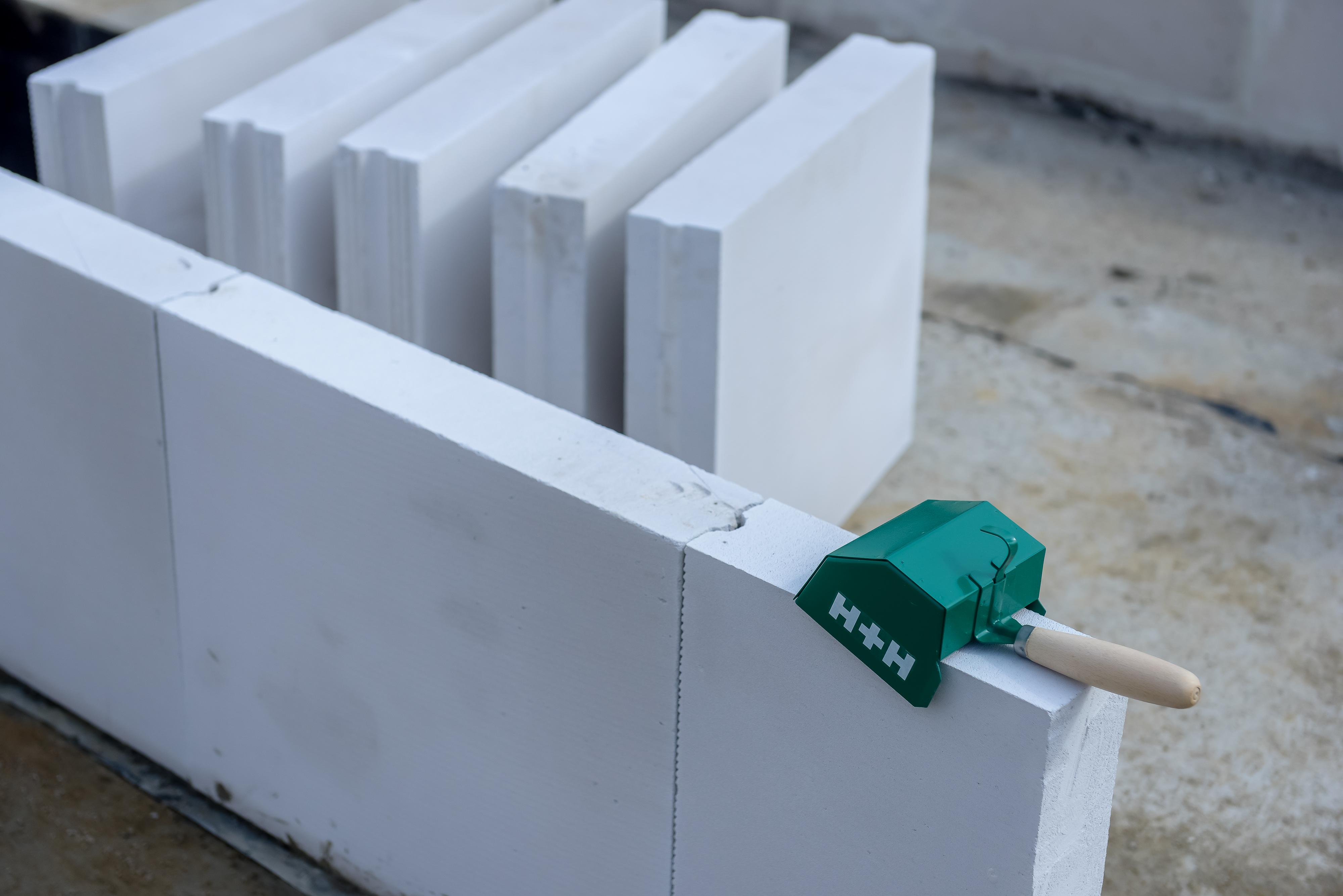 Murowanie ściany działowej