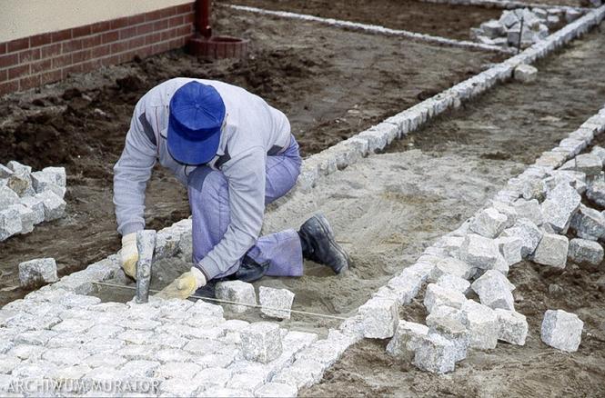 Nawierzchnia z kostki betonowej