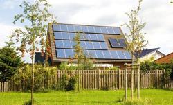 Montaż paneli słonecznych przed tobą? Podpowiadamy, jak dobrać zasobnik!