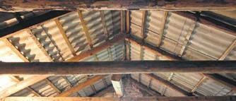 Adaptacja budynku gospodarczego. Wymiana dachu