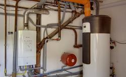 Ile kosztuje pompa ciepła? Jakie są koszty ogrzewania domu pompą gruntową i powietrzną?