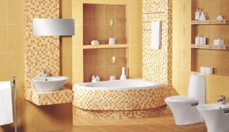 Subtelna łazienka z mozaiką w ciepłych kolorach